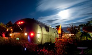 belrepayre airstream retro camping insolite atypique tradewind 1973 blue moon