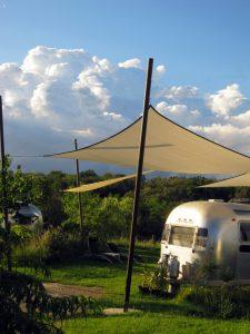 belrepayre retro camping airstream overlander voiles ombrage
