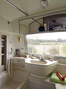 belrepayre vintage trailer park overlander details salle de bain