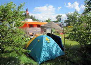 Belrepayre retro trailer park- starship wiht a tent