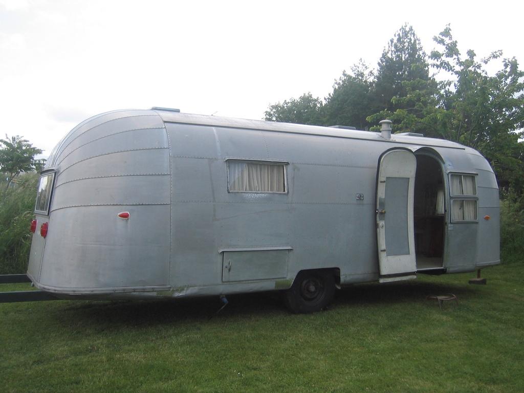 comment peindre lexterieur dune caravane cool si toutefois vous aviez des petits soucis de. Black Bedroom Furniture Sets. Home Design Ideas
