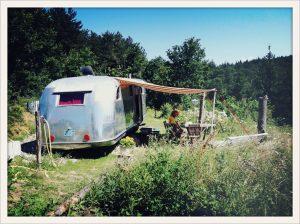 belrepayre vintage trailer park pyrenees france ariege occitanie spartan