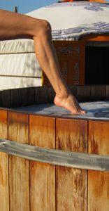 belrepayre hot tub get in